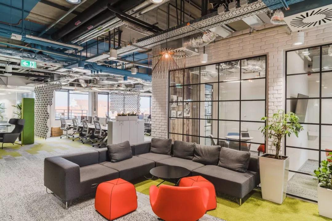 重庆蓝色调娱乐休闲办公室设计效果图赏析