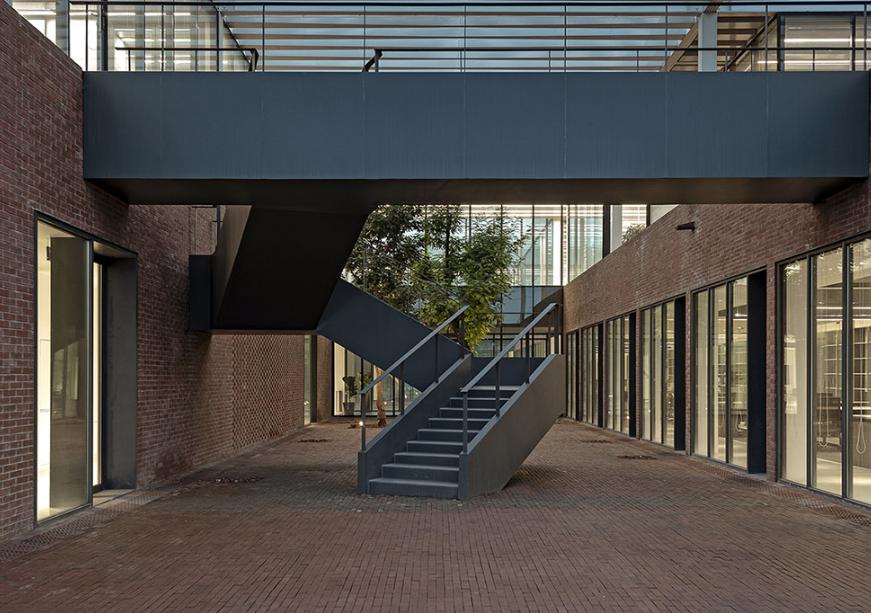 工厂楼梯效果图集参考