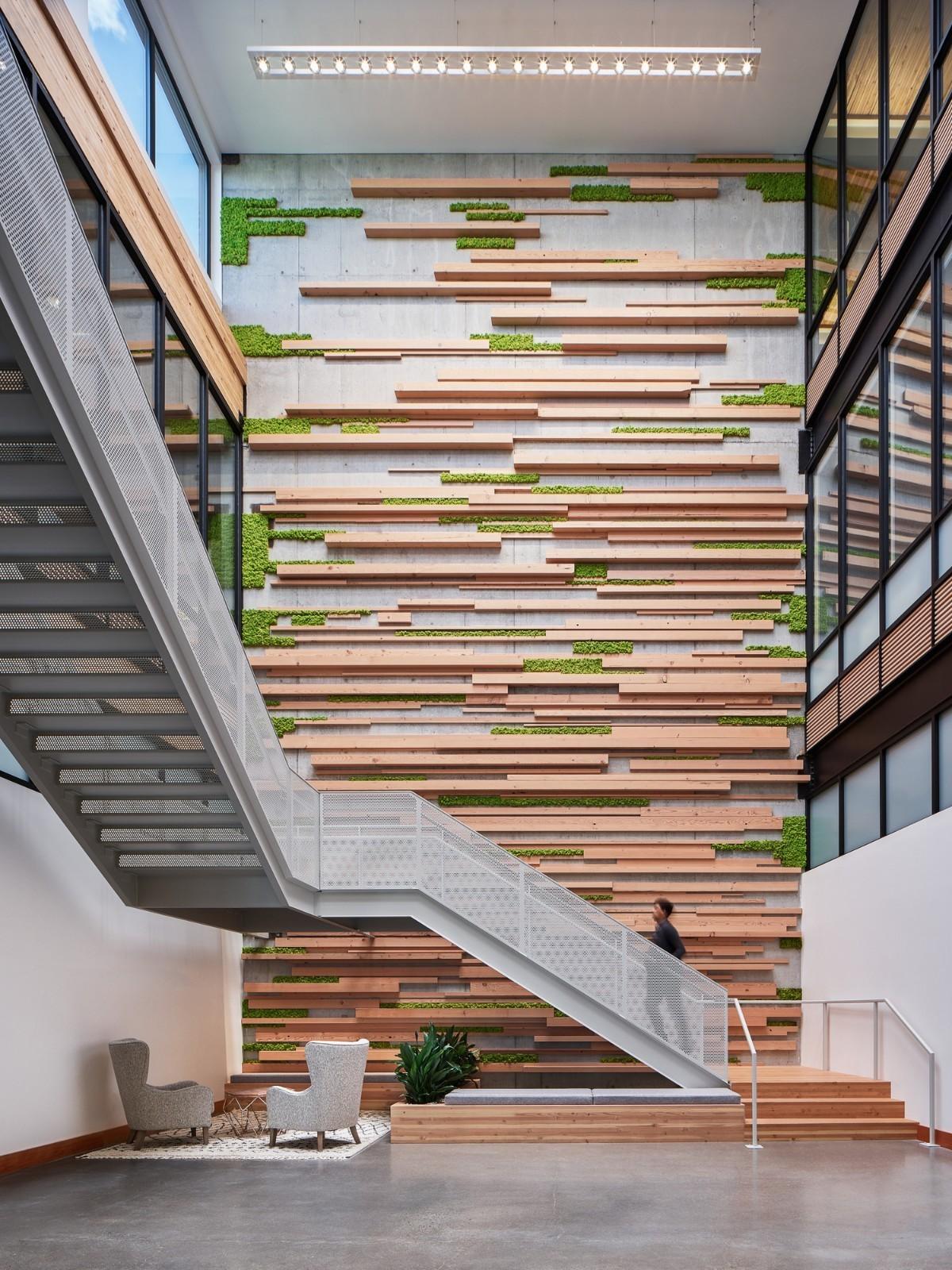 重庆工装公司办公室装修楼梯图集赏析