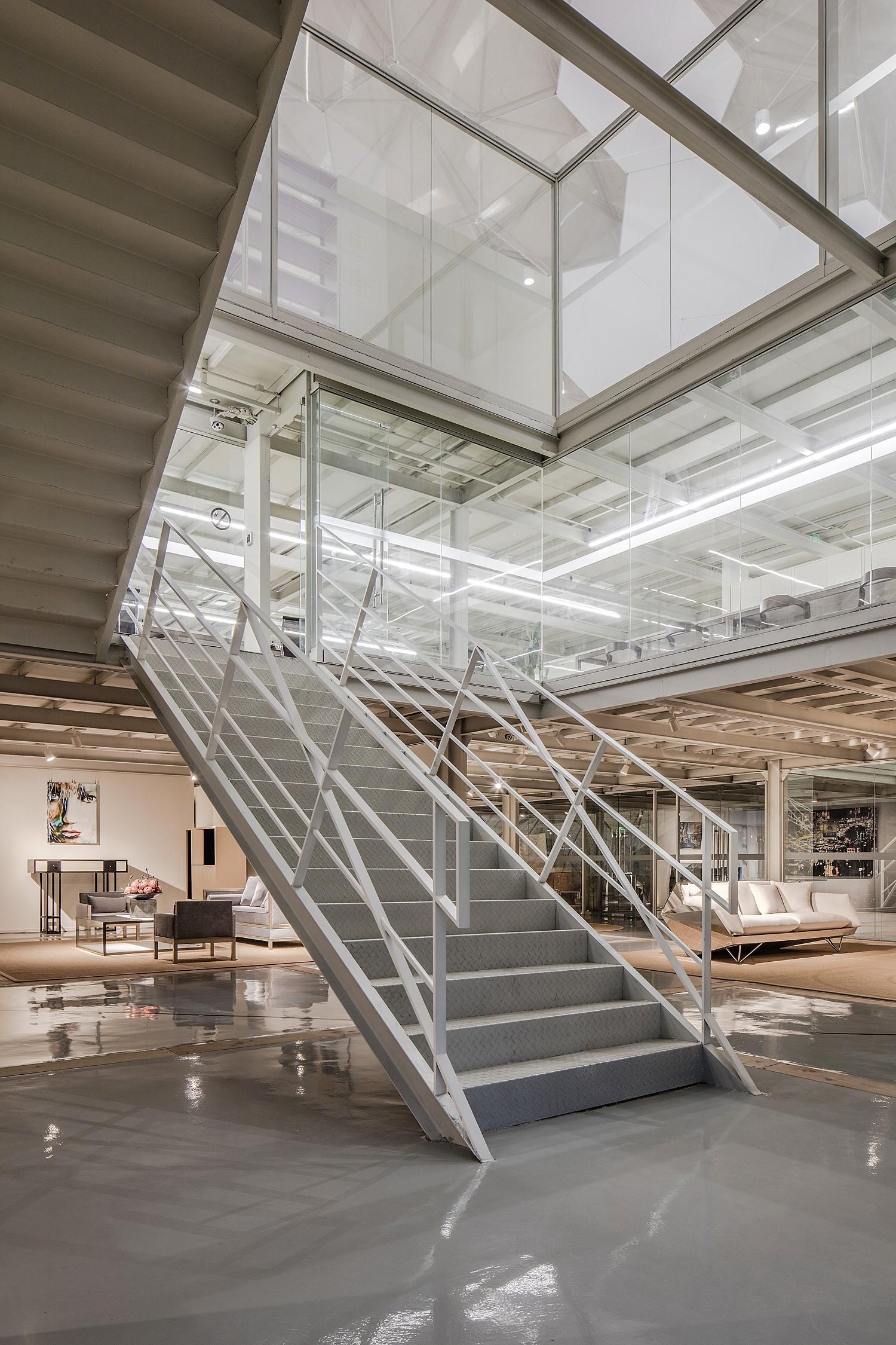 重庆办公室装修公司楼梯图集赏析