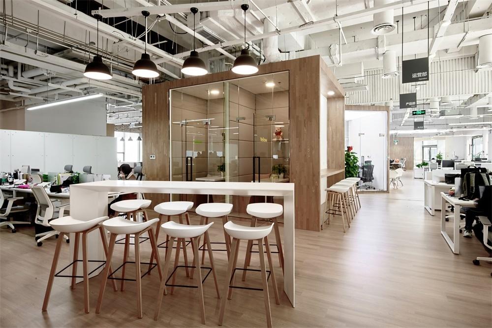 重庆现代办公室装修设计赏析